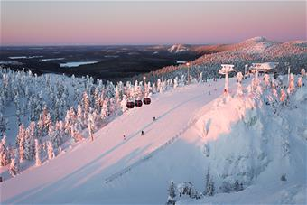 ruka_skiresort-02-2019_photo_Veera Vihervaara_550x367.jpg