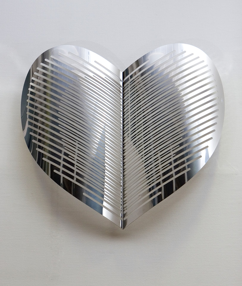 14. Aamuauringon Säteet, 120x113x20cm, stainless steel, sheet 3mm, 1999