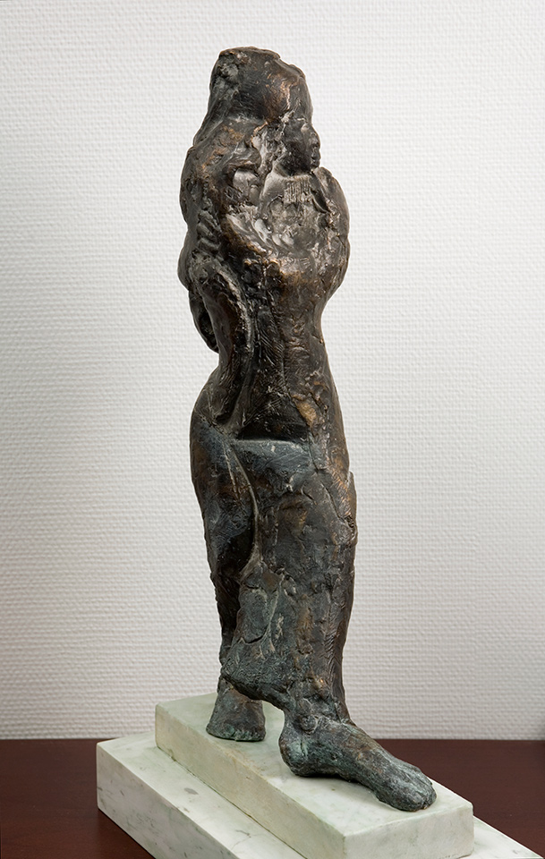 Hannele Kylänpää: Tanssiinkutsu. 2001. Bronze sculpture. 69 x 20 x 39 cm. University of Lapland, Rovaniemi; rector's office.